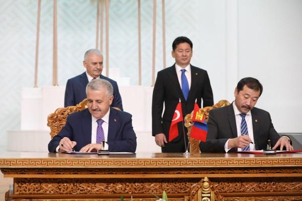 Türkiye ile Moğolistan Arasında Ulaştırma ve Bilgi Teknolojileri Alanlarında Ar-Ge İşbirliği Tesis Edildi